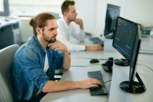 Devenir développeur web avec Java Script par l'école ESECAD