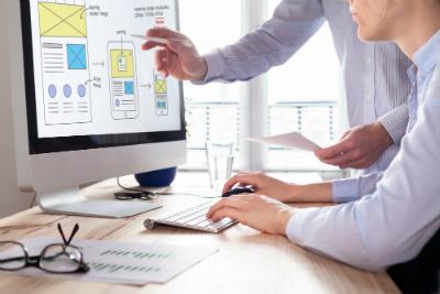 Alors que de nouveaux métiers apparaissent tous les mois, le secteur du numérique est aujourd'hui en pénurie de talents.