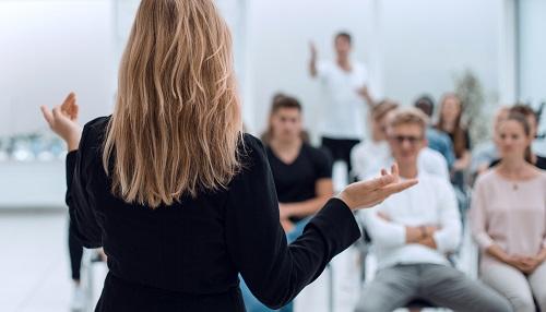 formation formateur pour adultes a distance